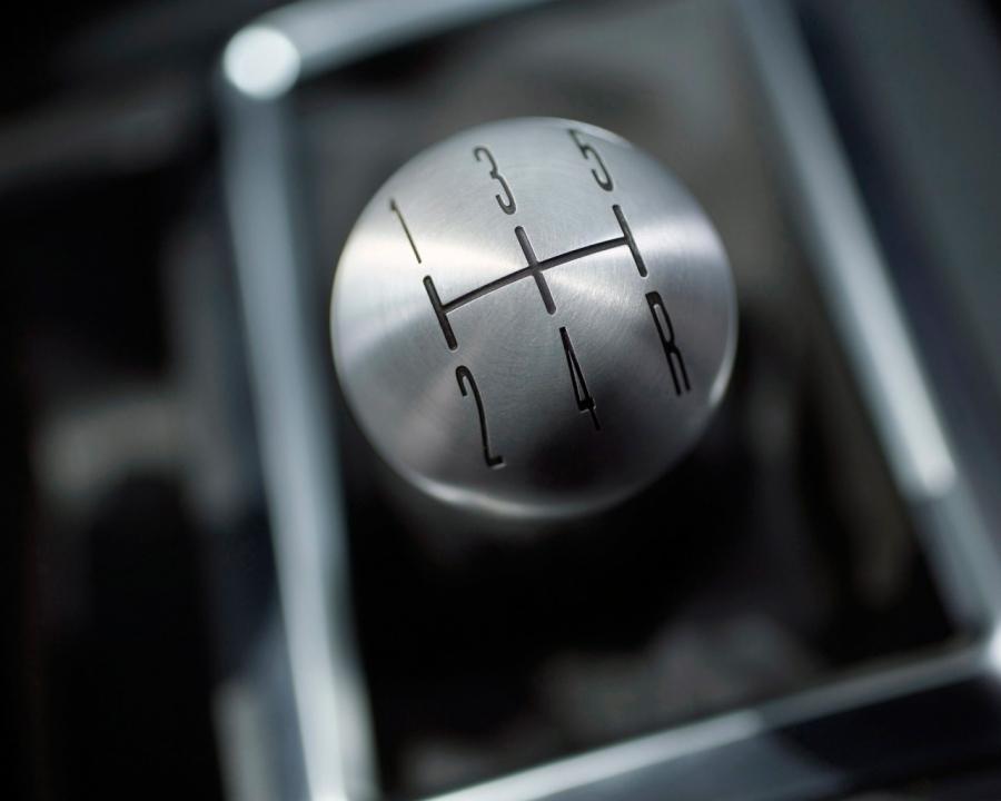 6 ошибок, которые гробят вашу механическую коробку передач